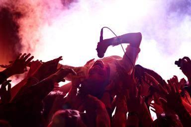 rock_concert_crowd_surfer_band_146634888