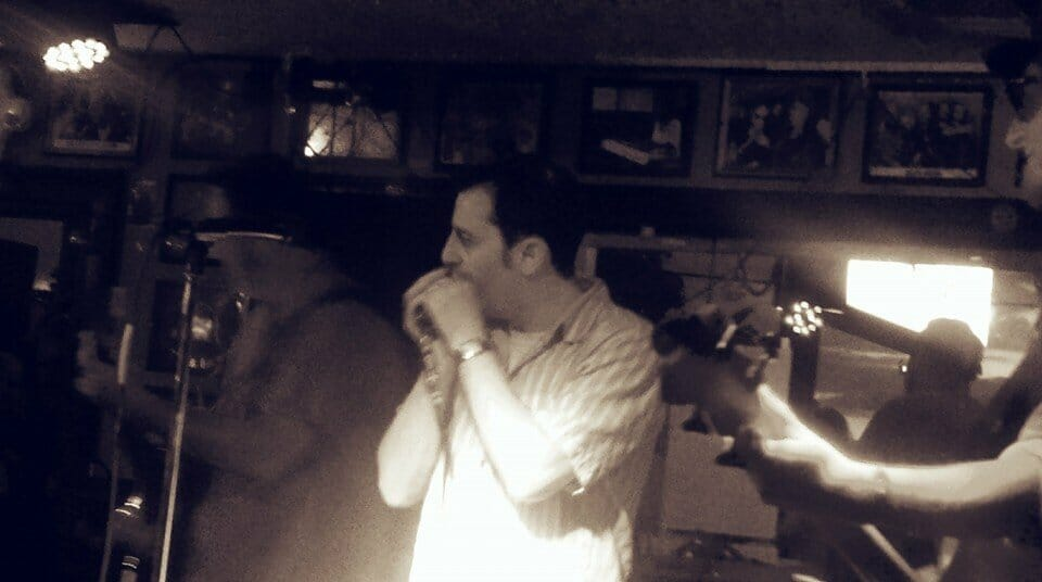 <a class=&quot;amazingslider-posttitle-link&quot; href=&quot;http://www.makingascene.org/blowing-great-time-harmonica-blowout-darwins-may-21/&quot;>Blowing out a great time: The Harmonica Blowout at Darwin&#39;s May 21</a>