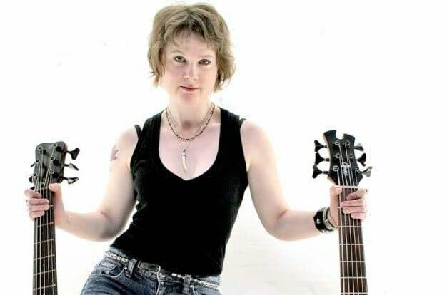 <a class=&quot;amazingslider-posttitle-link&quot; href=&quot;http://www.makingascene.org/exclusive-interview-lisa-mann/&quot;>An Exclusive Interview with Lisa Mann</a>