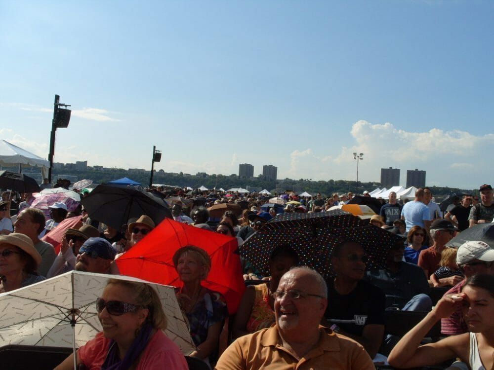 <a class=&quot;amazingslider-posttitle-link&quot; href=&quot;http://www.makingascene.org/17th-annual-new-york-city-blues-bbq-festival/&quot;>The 17th Annual New York City Blues &amp; BBQ Festival</a>