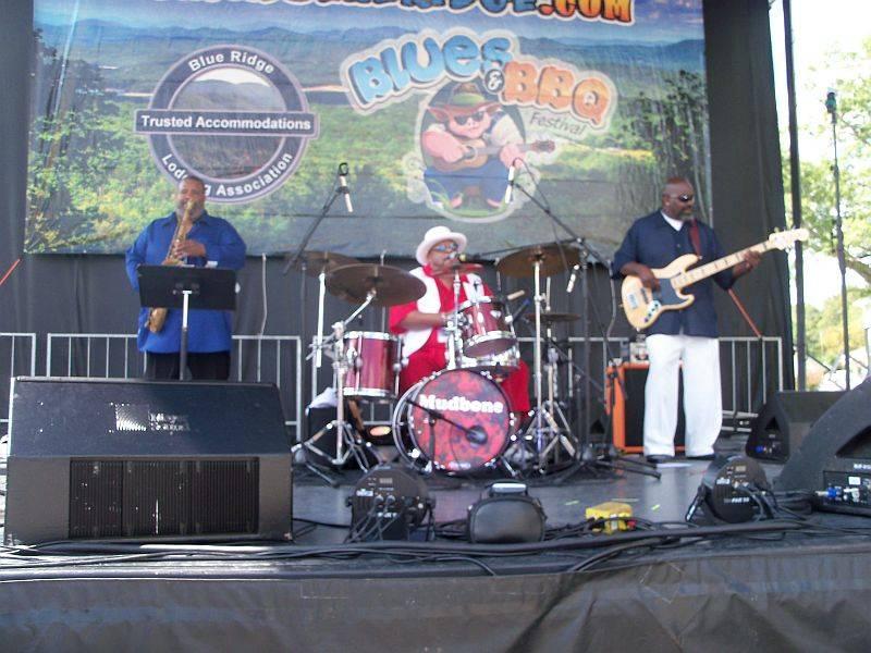 <a class=&quot;amazingslider-posttitle-link&quot; href=&quot;http://www.makingascene.org/blue-ridge-bbq-blues-festival-september-17-2016/&quot;>The Blue Ridge BBQ &amp; Blues Festival, September 17, 2016</a>
