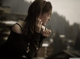 lonely_girl-wallpaper-1152x720