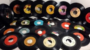 556aad1757d87record collection - 9